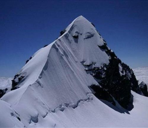 Peque 241 O Alpamayo Condoriri Massif 3 Day Climb