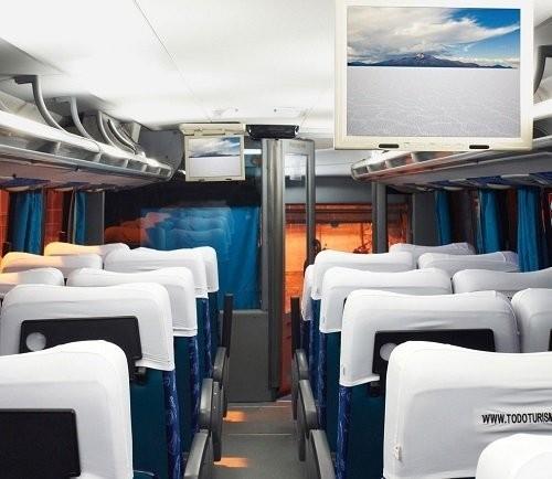 Kanoo Tours Bus