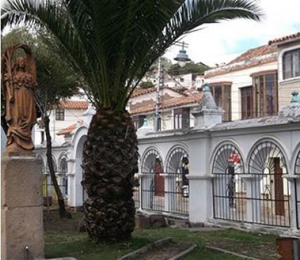 Cama Bus Sucre to La Paz