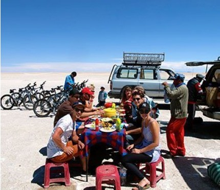 "3 Day ""Sunset"" Salt Flats Tour + Transfer to Chile (Quechua Connection) - Uyuni"