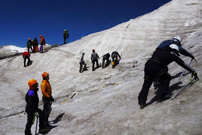 Mountain Guides Training in Bolivia
